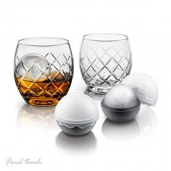 deluxe-whiskey-set-on-the-rocks