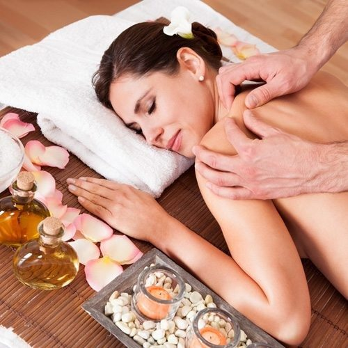 Aromaöl-Massage - Essen