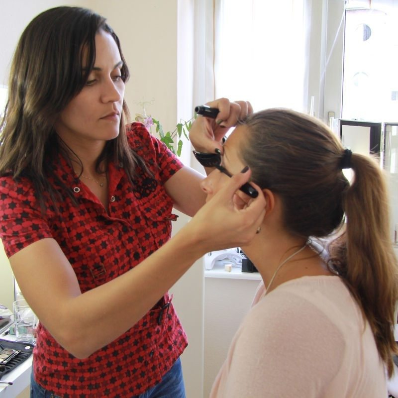 Individuelle Make-up-Schulung – Köln