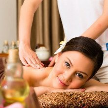 Massage Paket-Traditionelle Thai Körpermassage Lorsch Liegen