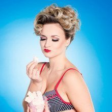 Pin-up-Fotoshooting Dresden Wand
