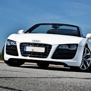 audi r8 fahren. Black Bedroom Furniture Sets. Home Design Ideas