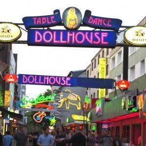 Kieztour & Dollhouse – Hamburg