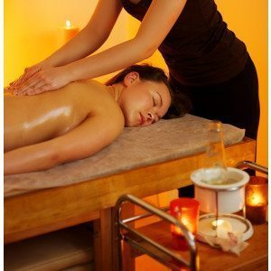Massage Paket-Deluxe Aroma Hot Oil Massage Lorsch